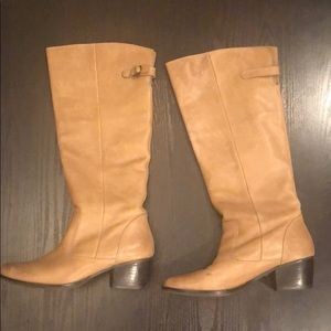 Matisse beige leather boots